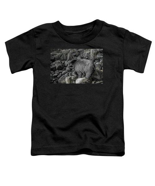 Watching Black Bear Toddler T-Shirt