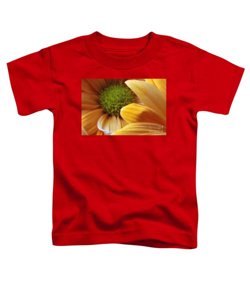 Peeking Through Toddler T-Shirt