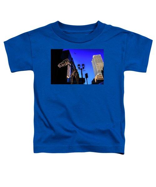 Big Piney Sculpture In Downtown Milwaukee Toddler T-Shirt