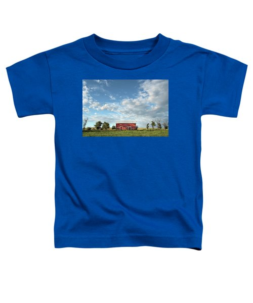 Red Barn On The Prairie Toddler T-Shirt