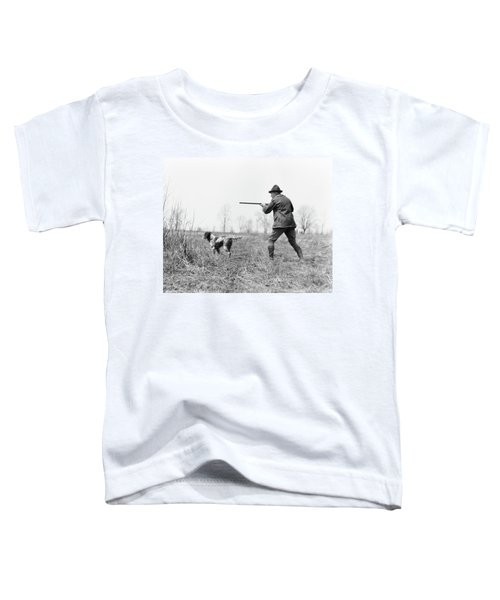 1920s Man Hunter With Shotgun In Field Toddler T-Shirt