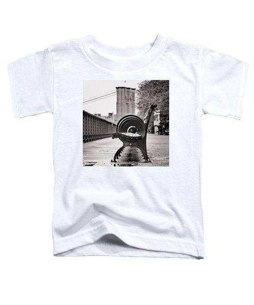 Bench's Circles And Brooklyn Bridge - Brooklyn Heights Promenade - New York City Toddler T-Shirt