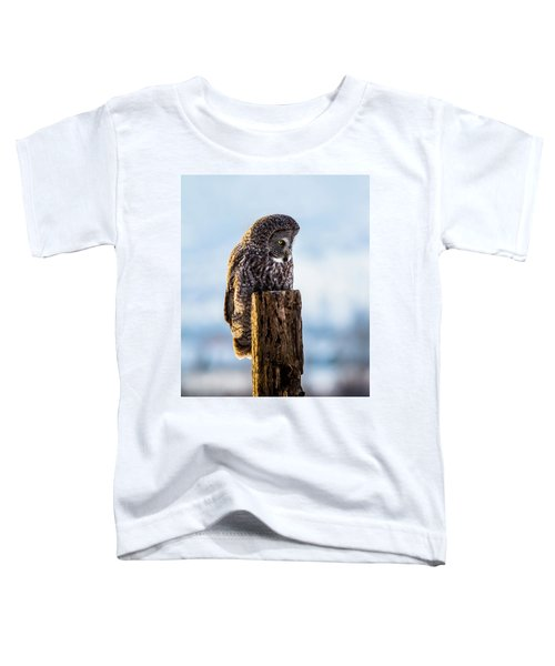 Eye On The Prize - Great Gray Owl Toddler T-Shirt