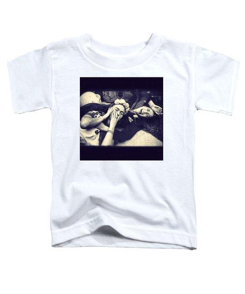 Frida Kahlo/chavela Vargas Toddler T-Shirt
