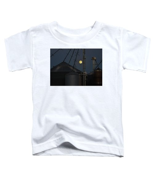 Toddler T-Shirt featuring the photograph Harvest Moon by Carl Young