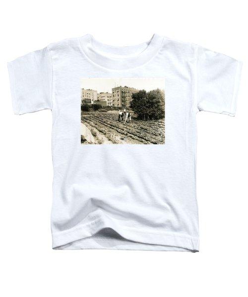 Last Working Farm In Manhattan Toddler T-Shirt