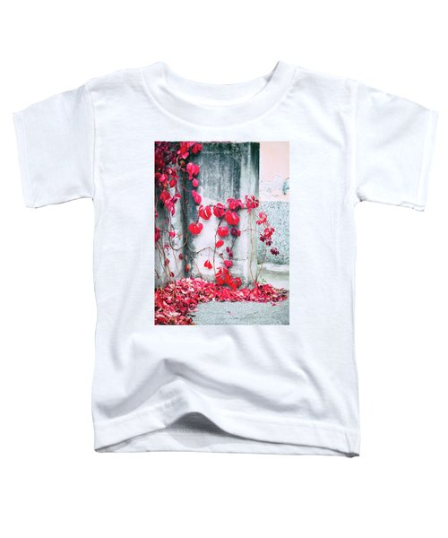 Toddler T-Shirt featuring the photograph Red Ivy Leaves by Silvia Ganora