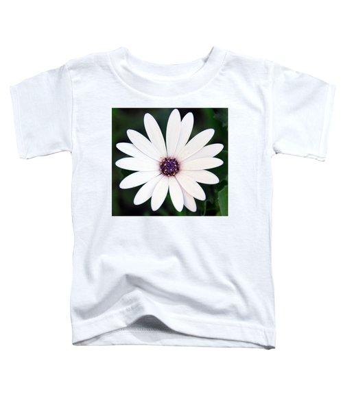 Single White Daisy Macro Toddler T-Shirt