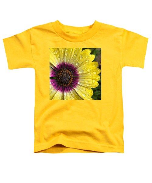 Daisy Up Close  Toddler T-Shirt