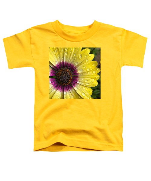 Daisy Up Close  Toddler T-Shirt