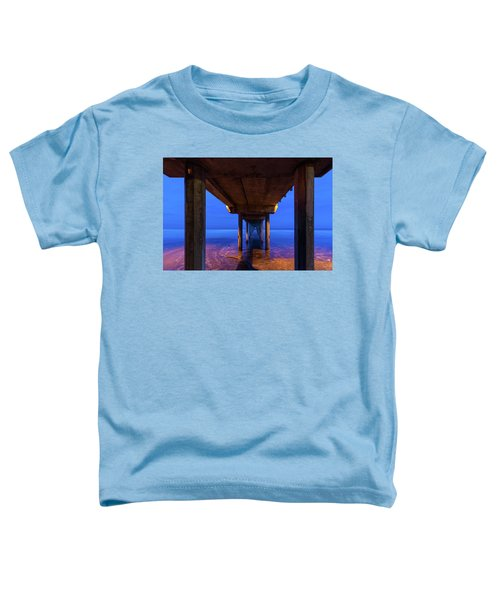 Peer Underneath Toddler T-Shirt