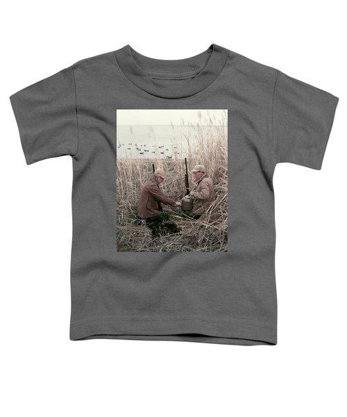 1950s 2 Men Hunters Tall Grass Reeds Toddler T-Shirt
