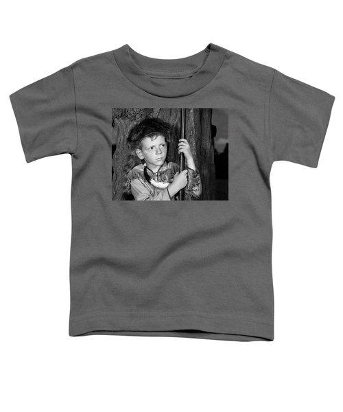 1950s Boy Wearing Raccoon Skin Hat Toddler T-Shirt