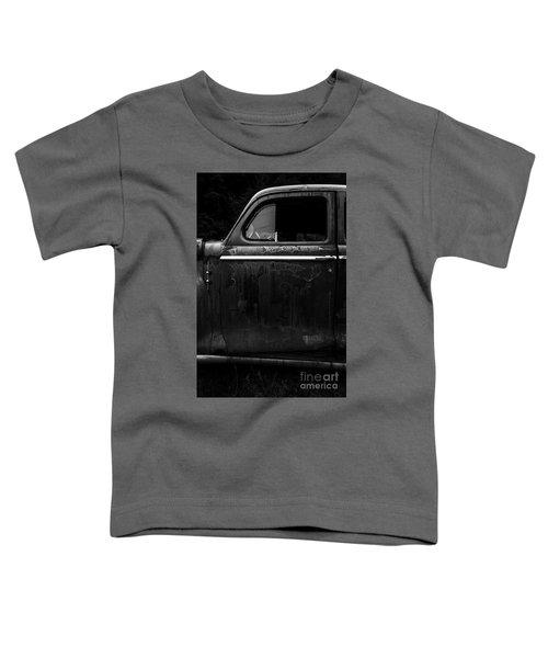 Old Junker Car Toddler T-Shirt