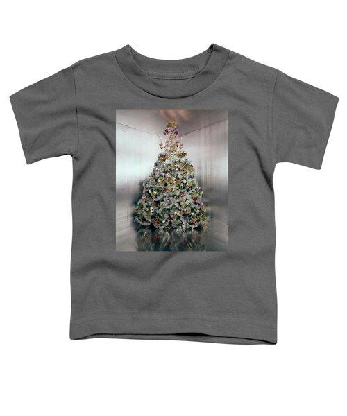 Christmas Tree Decorated By Gloria Vanderbilt Toddler T-Shirt