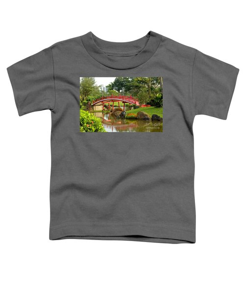 Curved Red Japanese Bridge And Stream Chinese Gardens Singapore Toddler T-Shirt