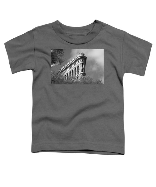 New York City - Flat Iron Prow Toddler T-Shirt
