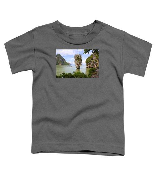 007 Island   2 Toddler T-Shirt