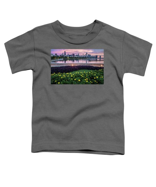 summer flowers and Chicago skyline Toddler T-Shirt