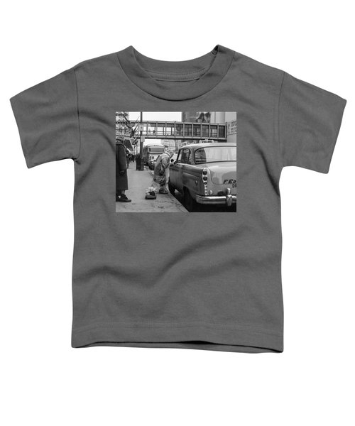 Chatting Up A Cabby On 7th Street Toddler T-Shirt