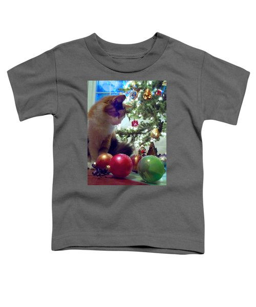 Kitty Helps Decorate The Tree Christmas Card Toddler T-Shirt