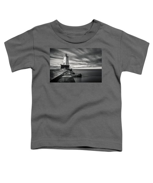 Toddler T-Shirt featuring the photograph Ludington Light Black And White by Adam Romanowicz