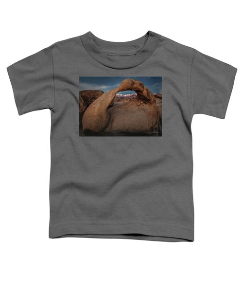 Mt. Whitney Through Mobius Arch Toddler T-Shirt
