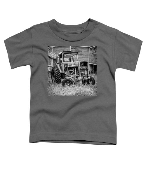 Old Vintage Tractor On A Farm In New Hampshire Square Toddler T-Shirt