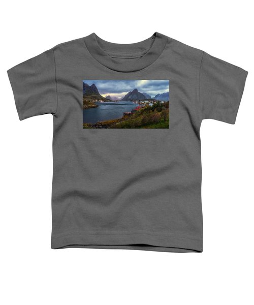 Reine Toddler T-Shirt