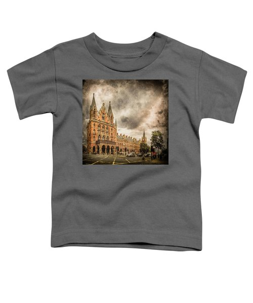 London, England - Saint Pancras Station Toddler T-Shirt