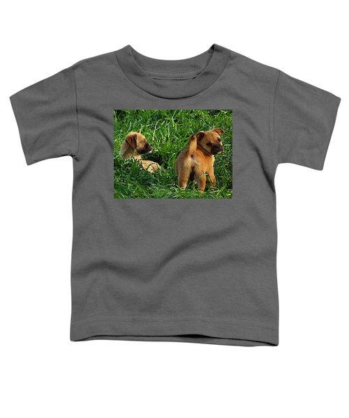 Showing Her Mutt. Toddler T-Shirt