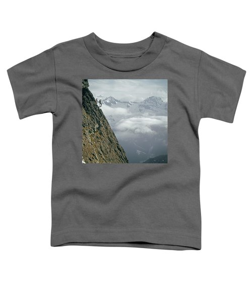 T-404101 Climbers On Sleese Mountain Toddler T-Shirt