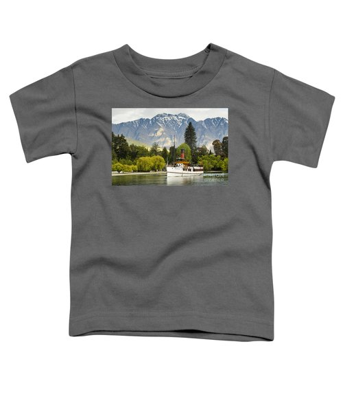 Toddler T-Shirt featuring the photograph The Earnslaw by Werner Padarin