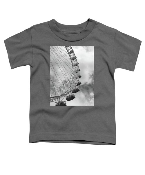Toddler T-Shirt featuring the photograph The London Eye, London, England by Richard Goodrich