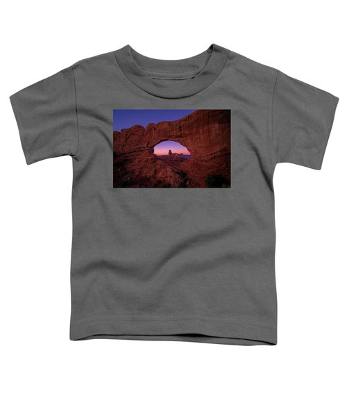 Turret Arche  Toddler T-Shirt