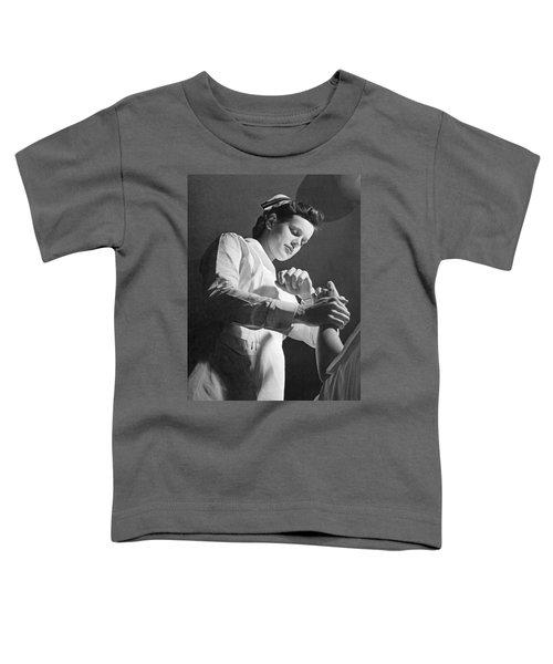 Us Navy Nurse Taking A Pulse Toddler T-Shirt