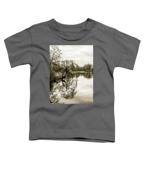 Weeping Willow Tree In The Winter Toddler T-Shirt