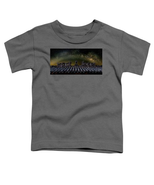 Milky Way Arch Over Chinese Temple Roof Toddler T-Shirt