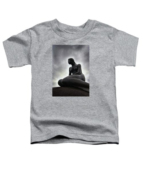Woman Standing Strong Toddler T-Shirt