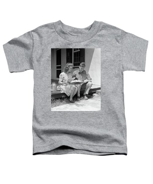 1940s Young Couple Man Woman Sitting Toddler T-Shirt