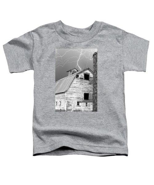 Black And White Old Barn Lightning Strikes Toddler T-Shirt