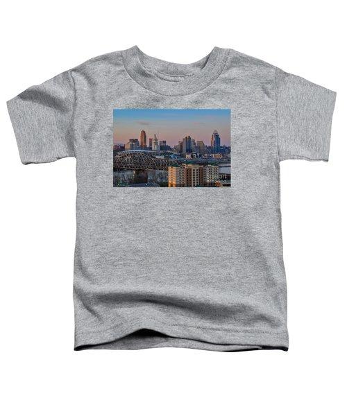 D9u-876 Cincinnati Ohio Skyline Photo Toddler T-Shirt