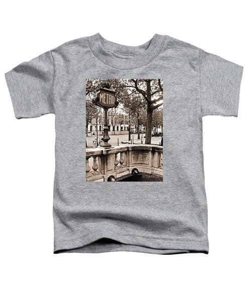 Metro Franklin Roosevelt - Paris - Vintage Sign And Streets Toddler T-Shirt