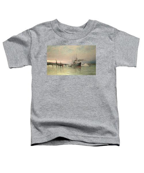 A Liner And Other Shipping Before The Statue Of Liberty Toddler T-Shirt