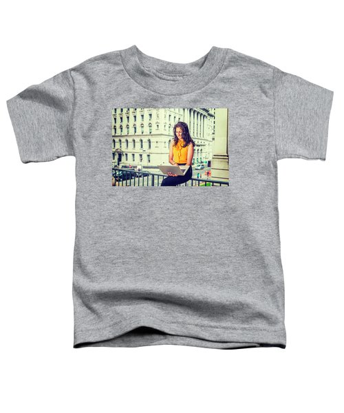 East Indian American Businesswoman In New York Toddler T-Shirt