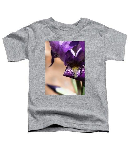 Iris Gemanica Toddler T-Shirt