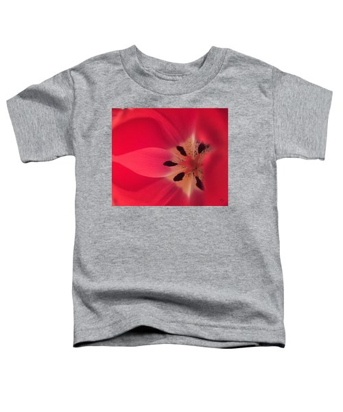 Macro Beauty Tulip Toddler T-Shirt