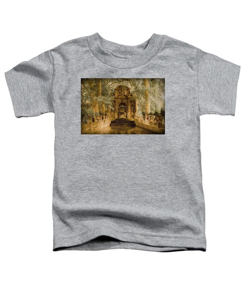 Paris, France - Medici Fountain Oldstyle Toddler T-Shirt