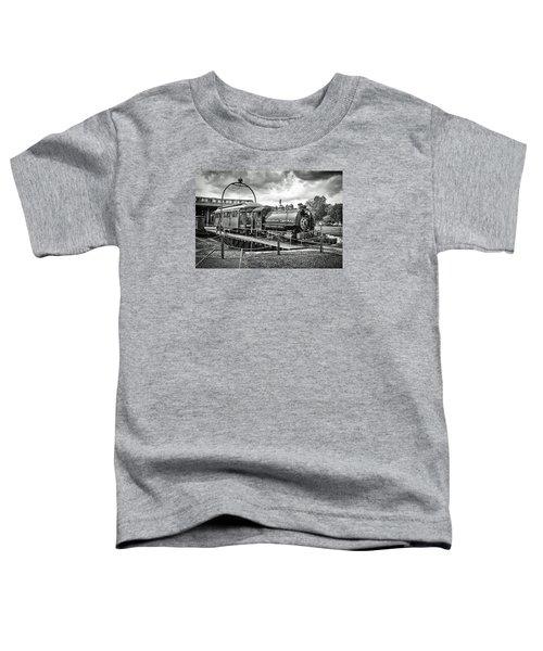 Savannah Central Steam Engine On Turn Table Toddler T-Shirt