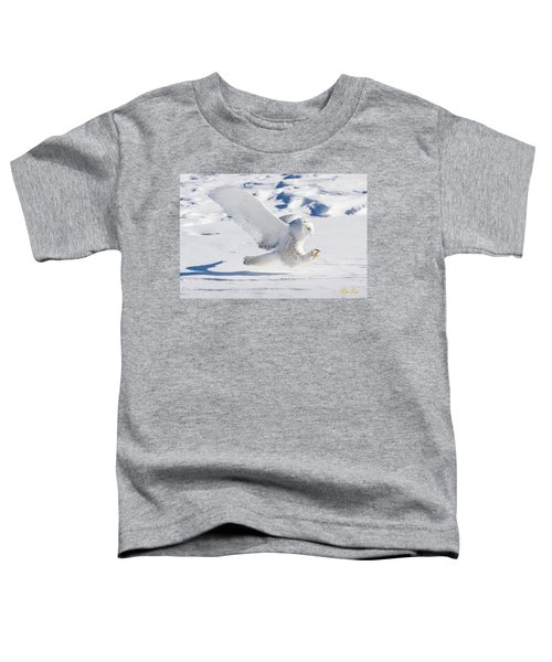Snowy Owl Pouncing Toddler T-Shirt